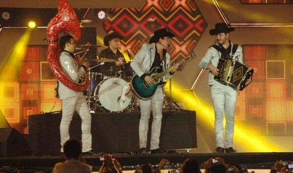 Compartirá Calibre 50 en redes sociales su concierto en la Ciudad de México